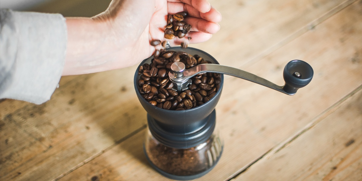 grind coffee beans with grinder